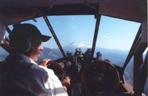 4-TravelAir-NC9038pilot
